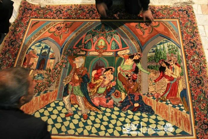 نمونهای از آثار اهدا شده به موزه فرش ایران